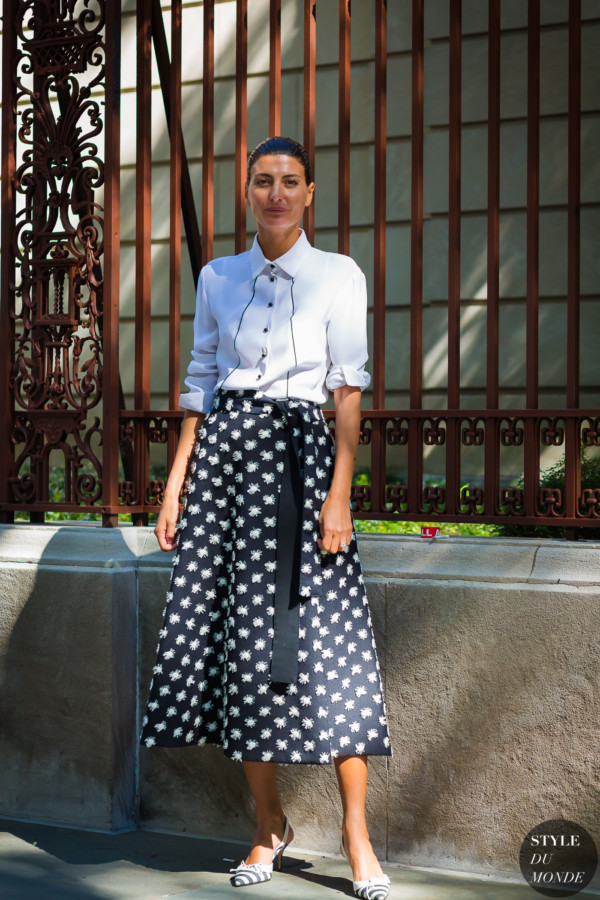 Giovanna Battaglia by STYLEDUMONDE Street Style Fashion Photography