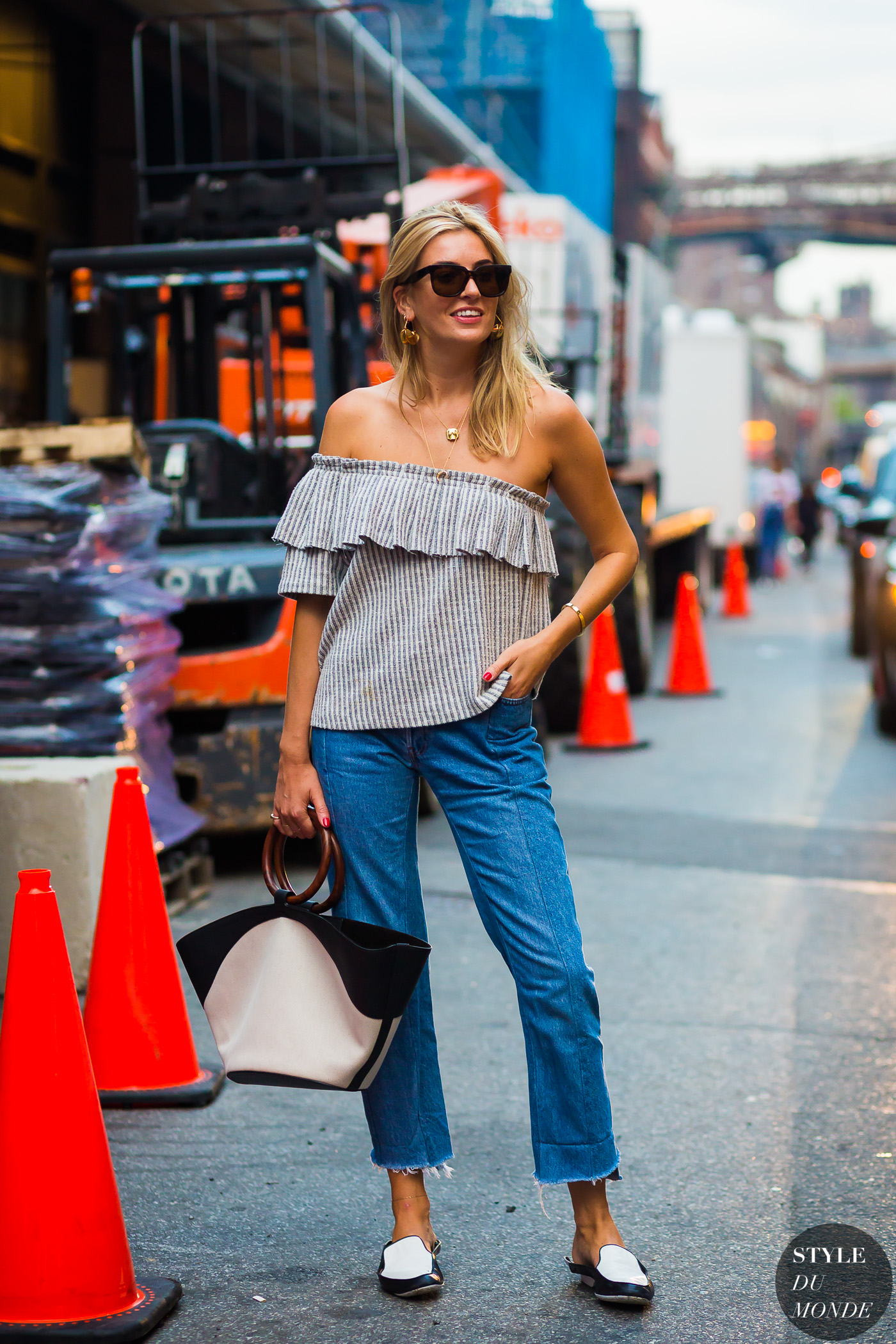 Camille Charriere by STYLEDUMONDE Street Style Fashion Photography0E2A0390