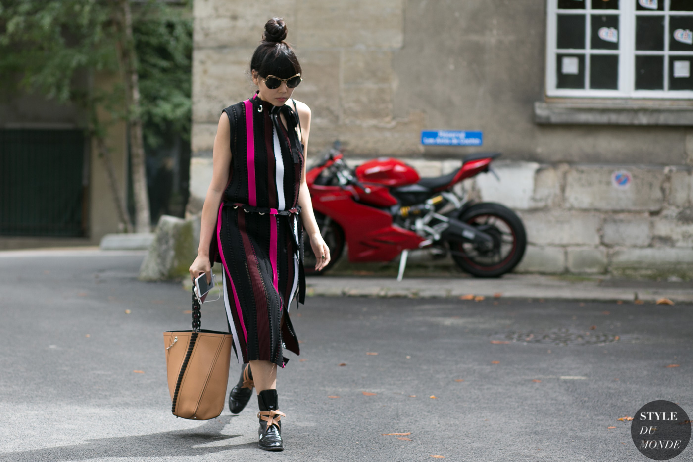Susie Lau by STYLEDUMONDE Street Style Fashion Photography0E2A4114