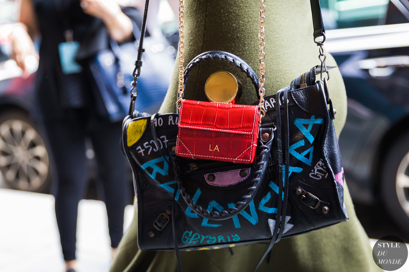 Balenciaga bag by STYLEDUMONDE Street Style Fashion Photography