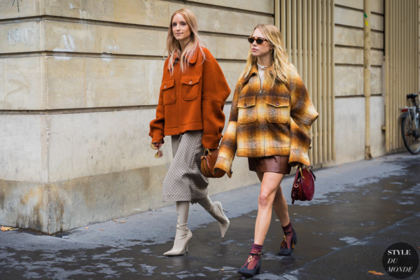 Charlotte Groeneveld and Courtney Trop by STYLEDUMONDE Street Style Fashion Photography_48A8528