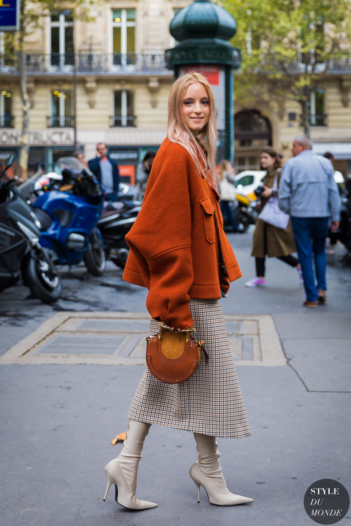 Charlotte Groeneveld by STYLEDUMONDE Street Style Fashion Photography_48A8460