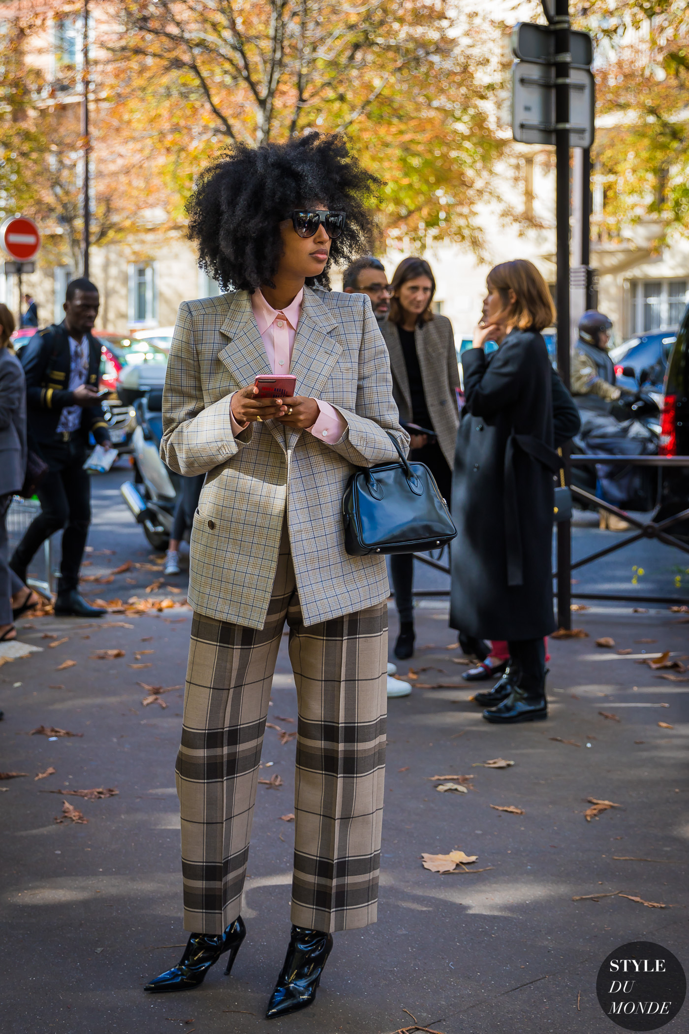 Julia Sarr-Jamois by STYLEDUMONDE Street Style Fashion Photography_48A4777