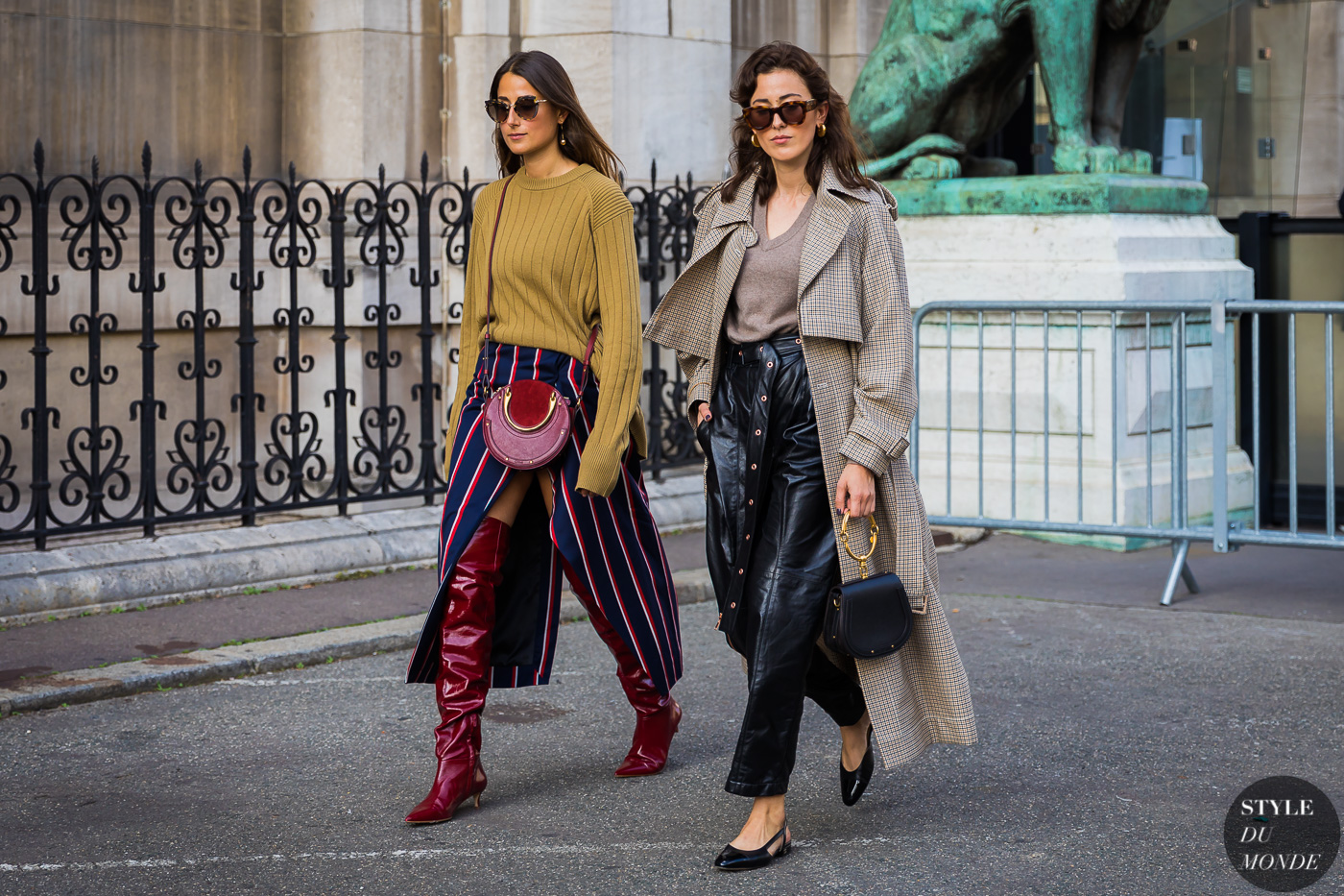 Julia and Sylvia Haghjoo by STYLEDUMONDE Street Style Fashion Photography_48A6933