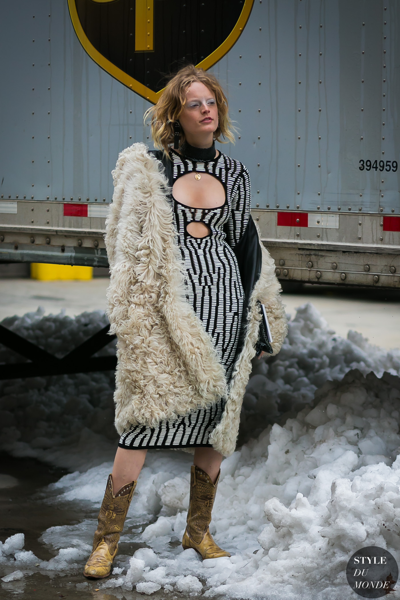Hanne Gaby Odiele by STYLEDUMONDE Street Style Fashion Photography0E2A5813