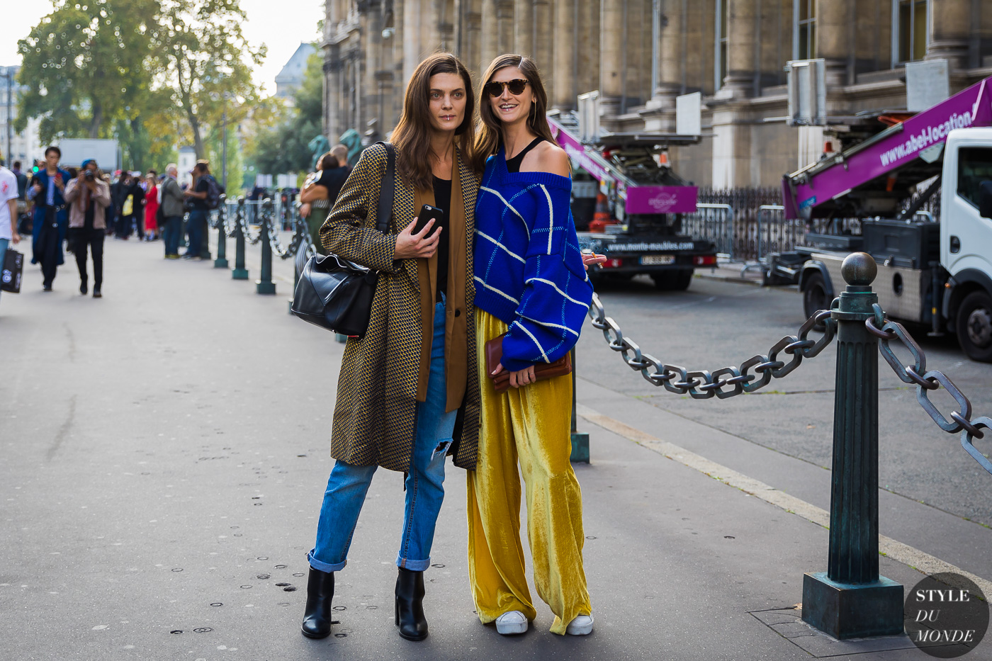 Marina Perez and Daiane Conterato by STYLEDUMONDE Street Style Fashion Photography_48A6828