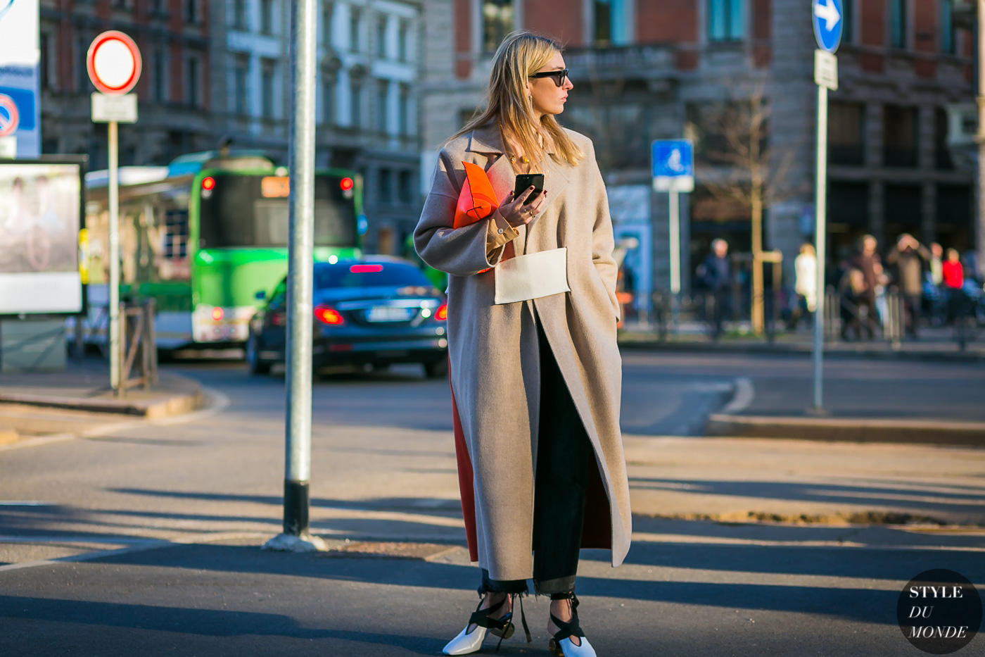 Camille Charriere by STYLEDUMONDE Street Style Fashion Photography0E2A3389