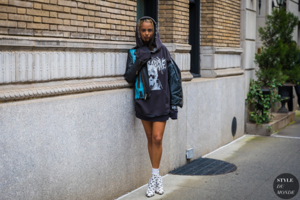 Tommy Genesis by STYLEDUMONDE Street Style Fashion Photography_48A3042