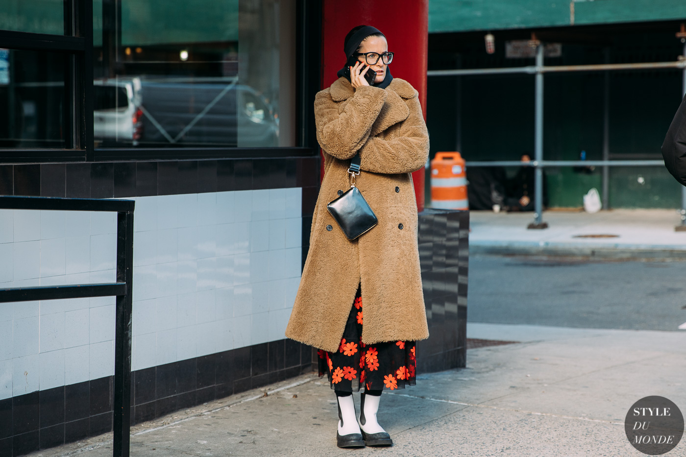Lucy Chadwick by STYLEDUMONDE Street Style Fashion Photography NY FW18 20180208_48A0910