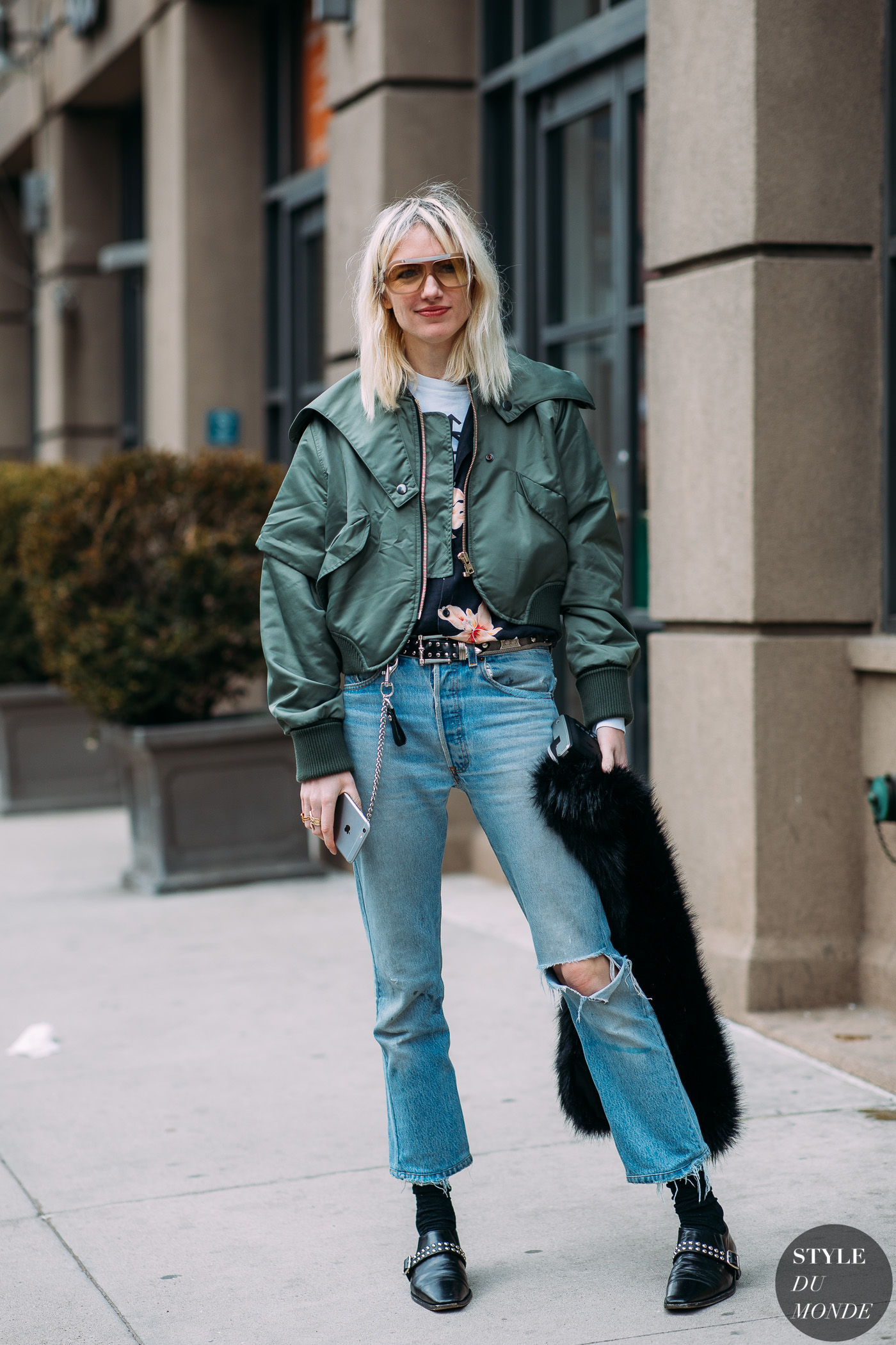 Phoebe Arnold by STYLEDUMONDE Street Style Fashion Photography NY FW18 20180210_48A4615