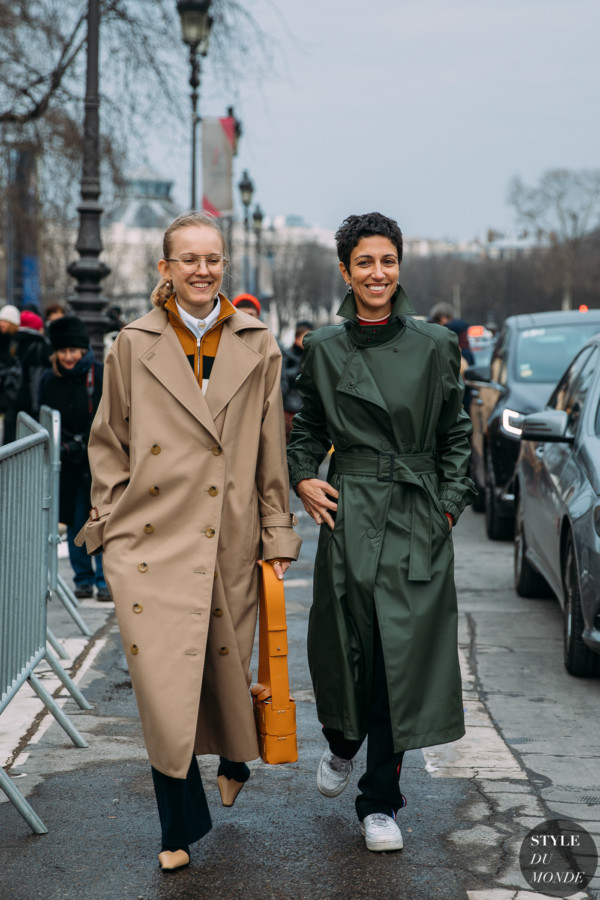 Alexandra Carl and Yasmin Sewell by STYLEDUMONDE Street Style Fashion Photography FW18 20180301_48A2688
