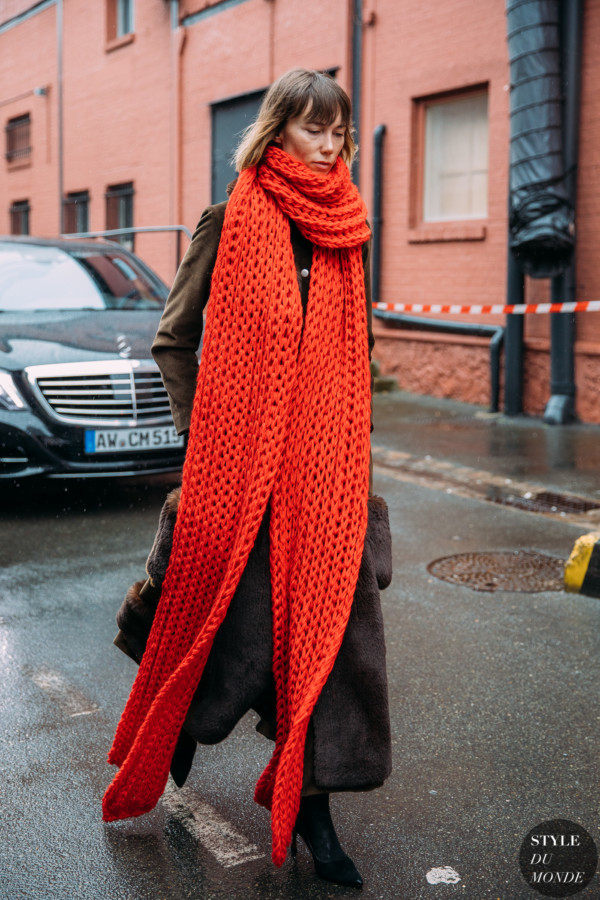Anya Ziourova by STYLEDUMONDE Street Style Fashion Photography FW18 20180304_48A2334