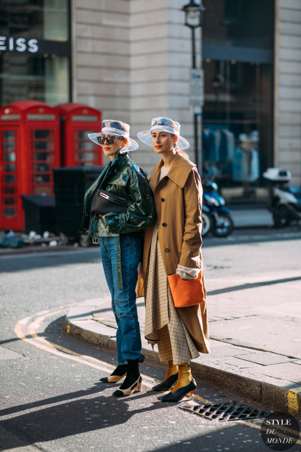 Sylvia and Julia Haghjou by STYLEDUMONDE Street Style Fashion Photography FW18 20180218_48A1499