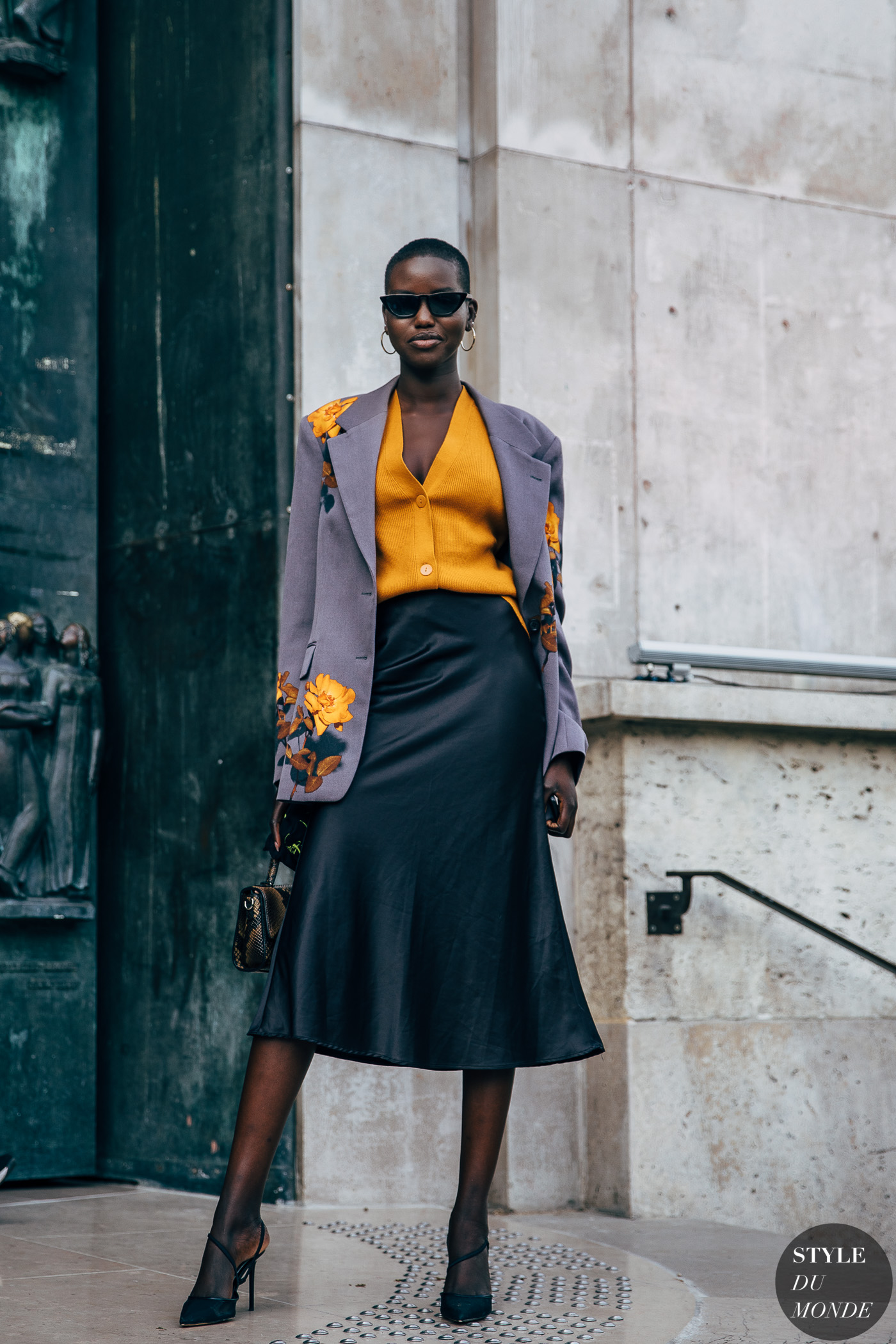 Paris SS 2020 Road Fashion: Adut Akech Bior