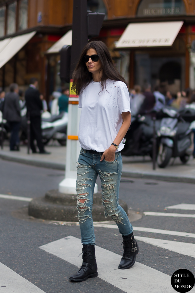 ba9772faf50 Barbara Martelo, stylist & fashion editor EL PAÍS, wearing white distressed  t-shirt, Saint Laurent chain jeans & Saint Laurent army boots.