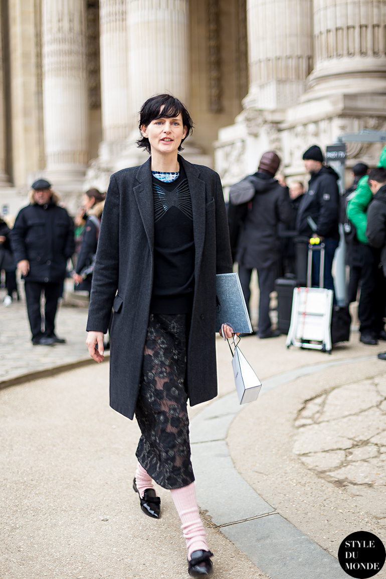 c1f68b4758e5 Stella Tennant Street Style Street Fashion by STYLEDUMONDE Street Style  Fashion Blog