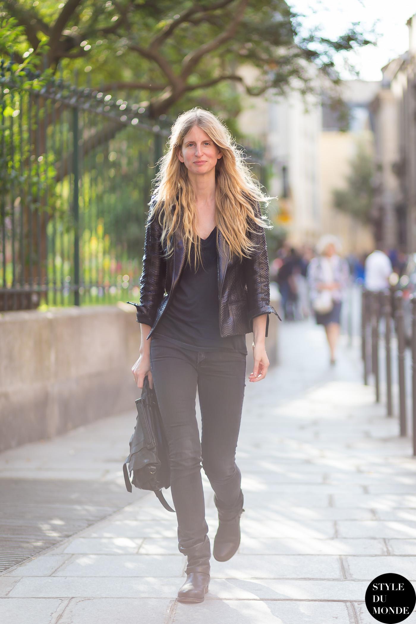 super cute 920ba d7c71 Biker boots - STYLE DU MONDE | Street Style Street Fashion ...