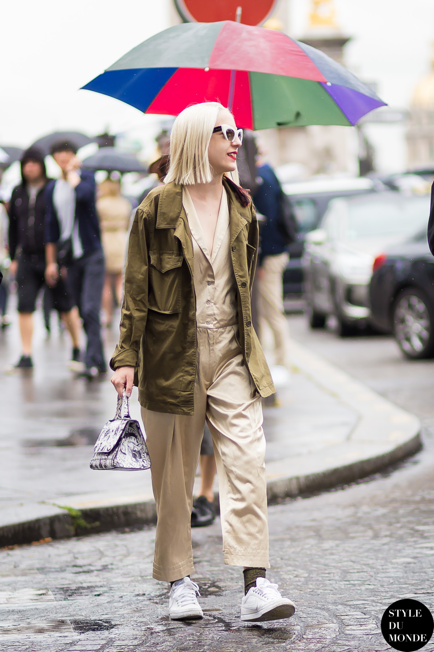 b1ded37765e Elena Psalti Street Style Street Fashion Streetsnaps by STYLEDUMONDE Street  Style Fashion Blog