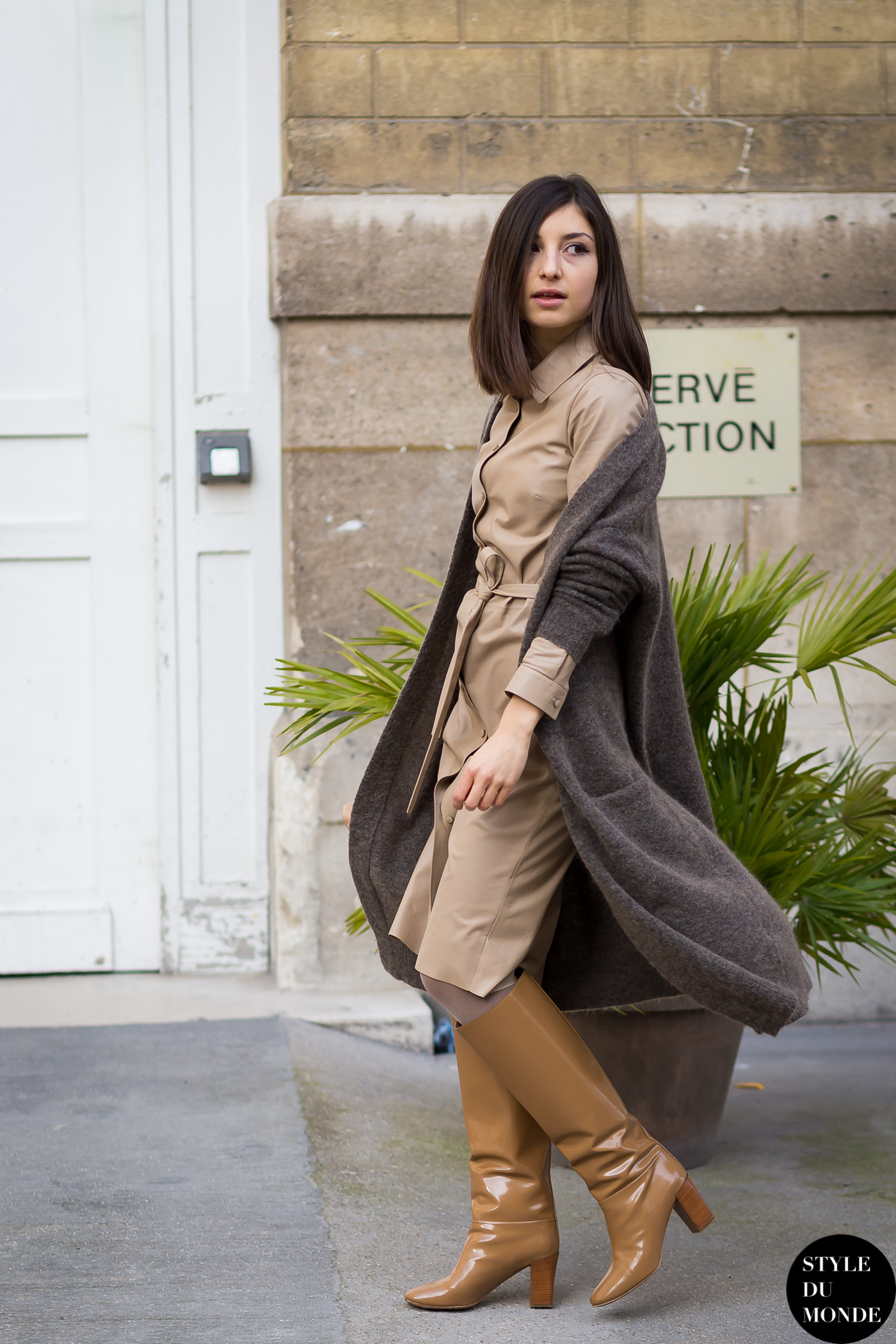 Brown Patent Leather Knee Boots Style Du Monde Street Style