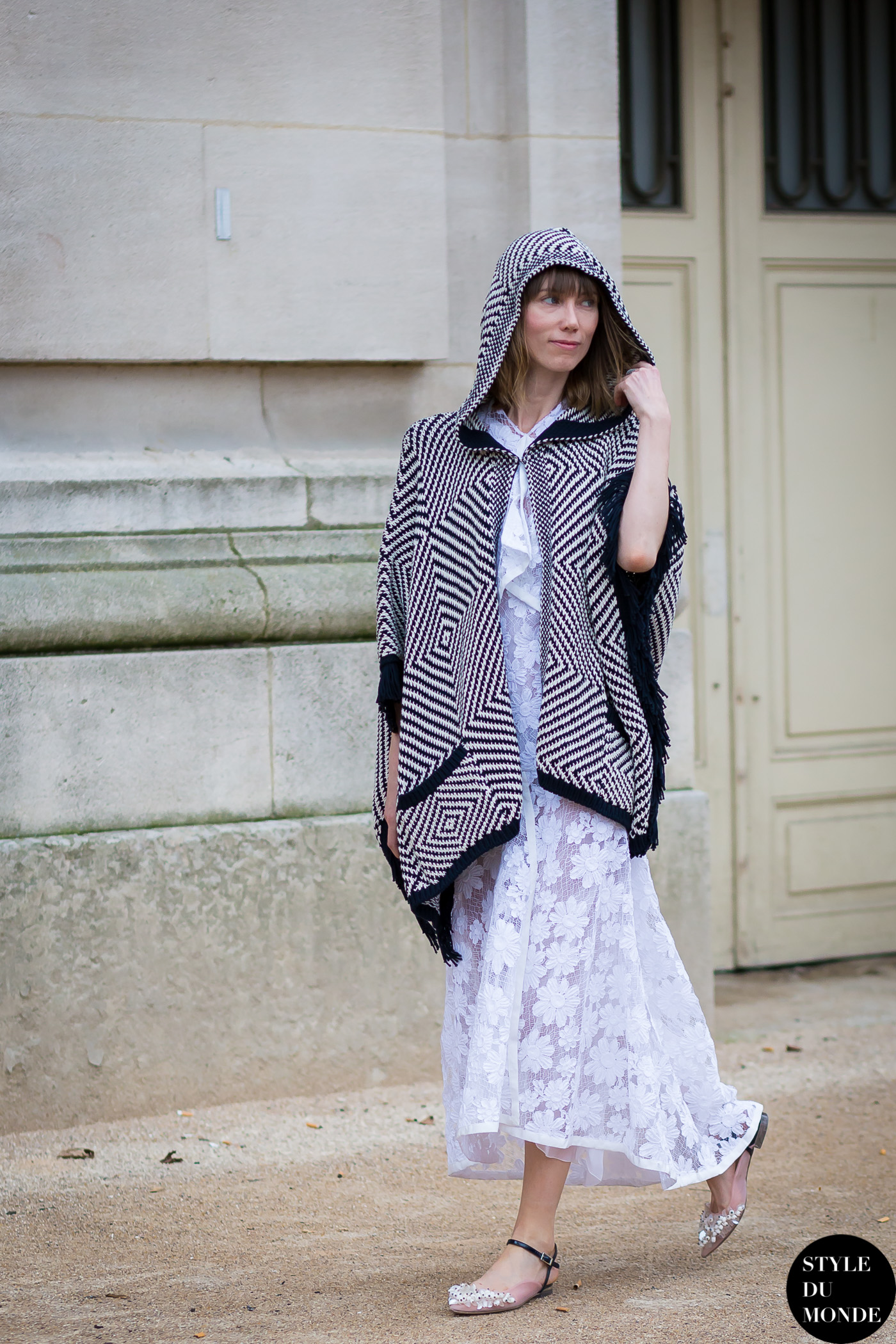Paris Fashion Week Fw 2015 Street Style Anya Ziourova Style Du Monde Street Style Street