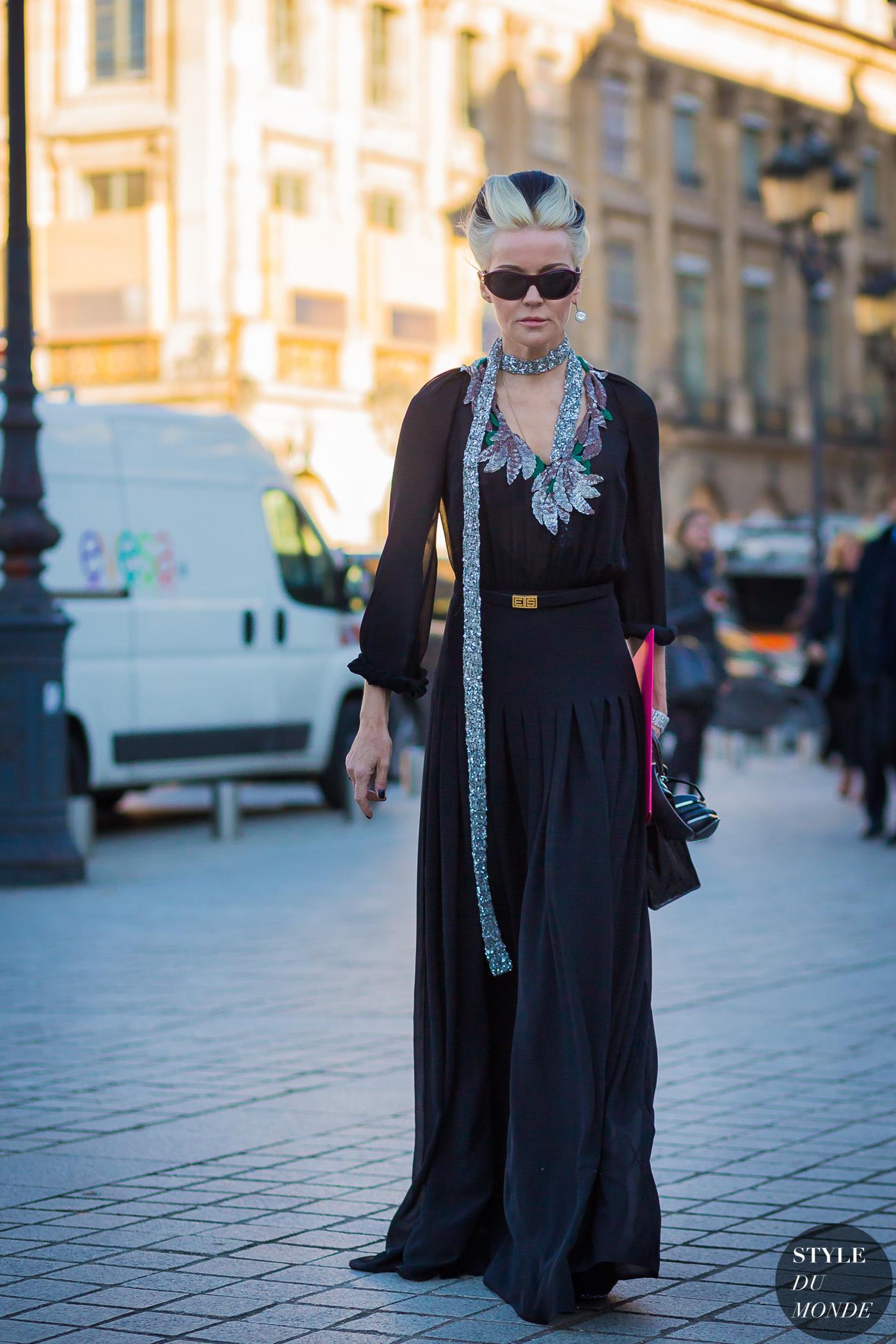Dress with daphne - 3 part 1
