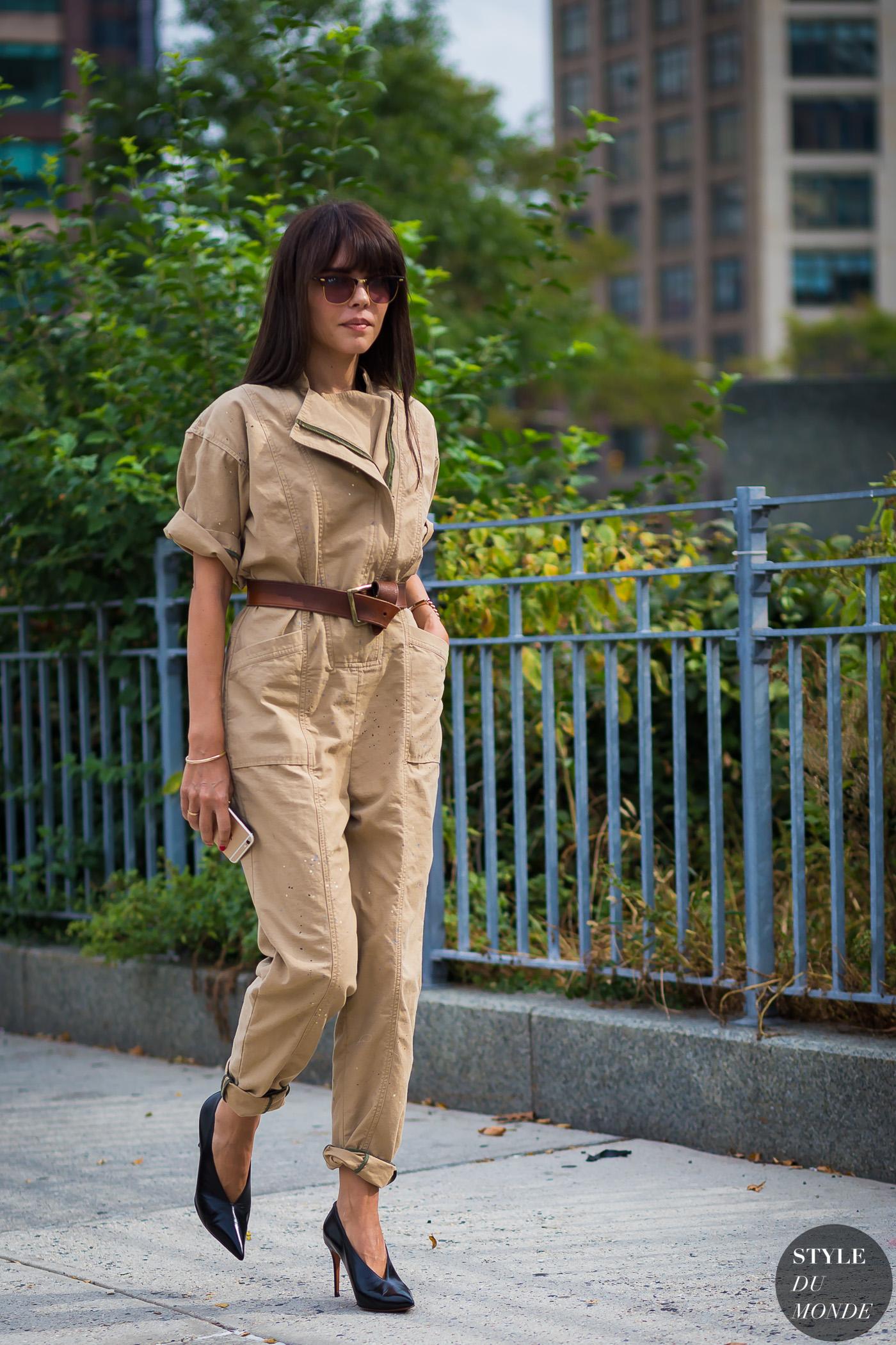 29a62ab1de22 Evangelie Smyrniotaki styleheroine Street Style Street Fashion Streetsnaps  by STYLEDUMONDE Street Style Fashion Photography
