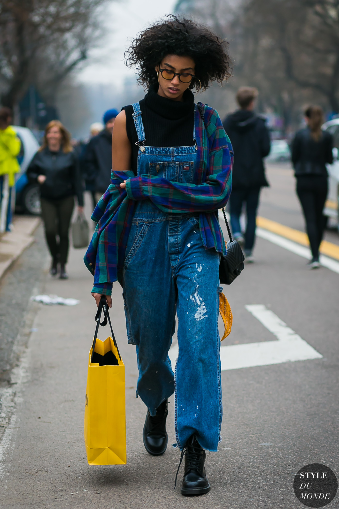 Hammam Style milan fashion week fall 2017 street style: imaan hammam