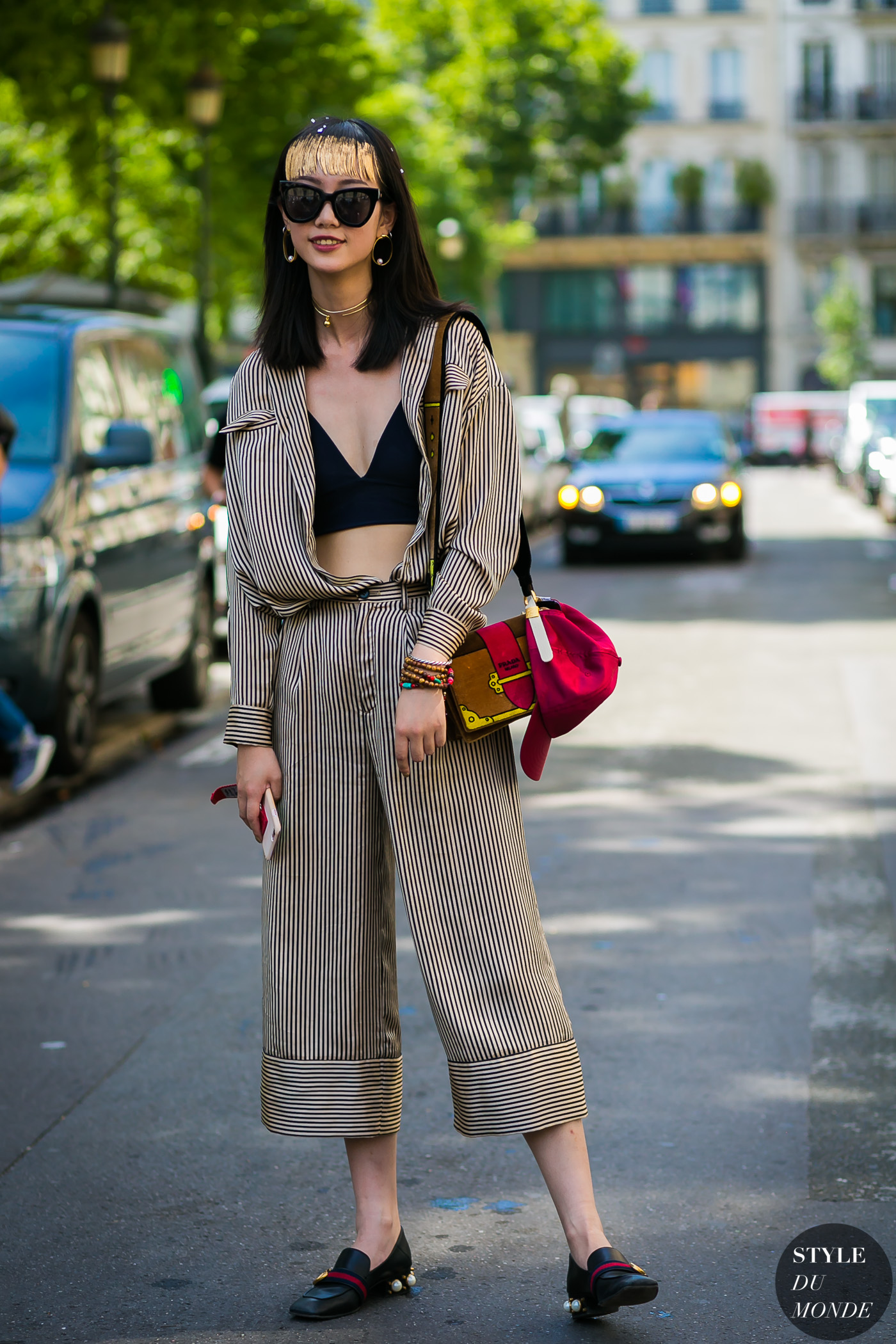2005cfcd09e8f Haute Couture Fall / Winter 2017/18 Street Style: Striped look