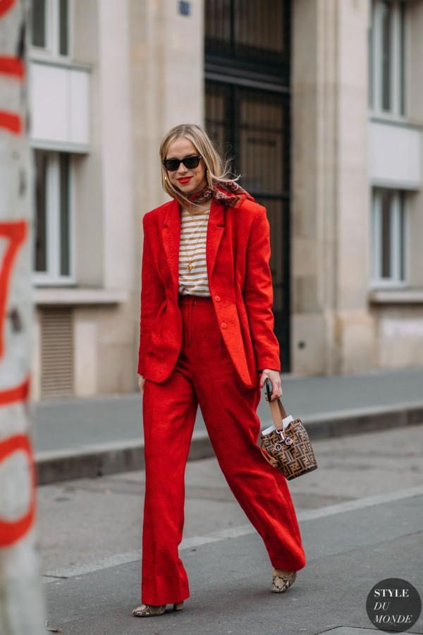 Red blazer , STYLE DU MONDE