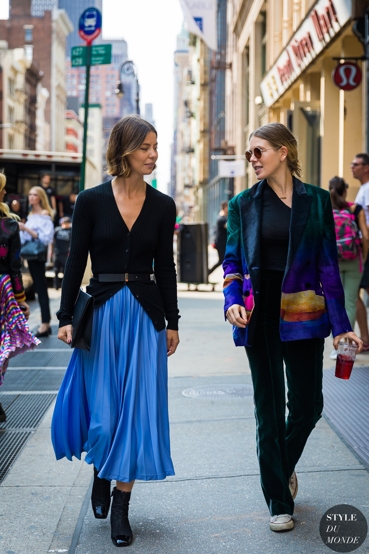Annina Mislin and Megan Bowman Gray by STYLEDUMONDE Street Style Fashion Photography_48A7834
