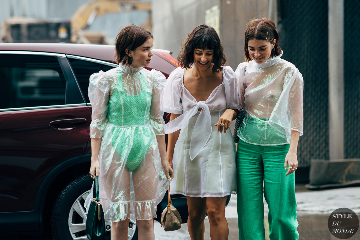 Reese, Alyssa Coscarelli and Molly Blutstein by STYLEDUMONDE Street Style Fashion Photography20180908_48A5904