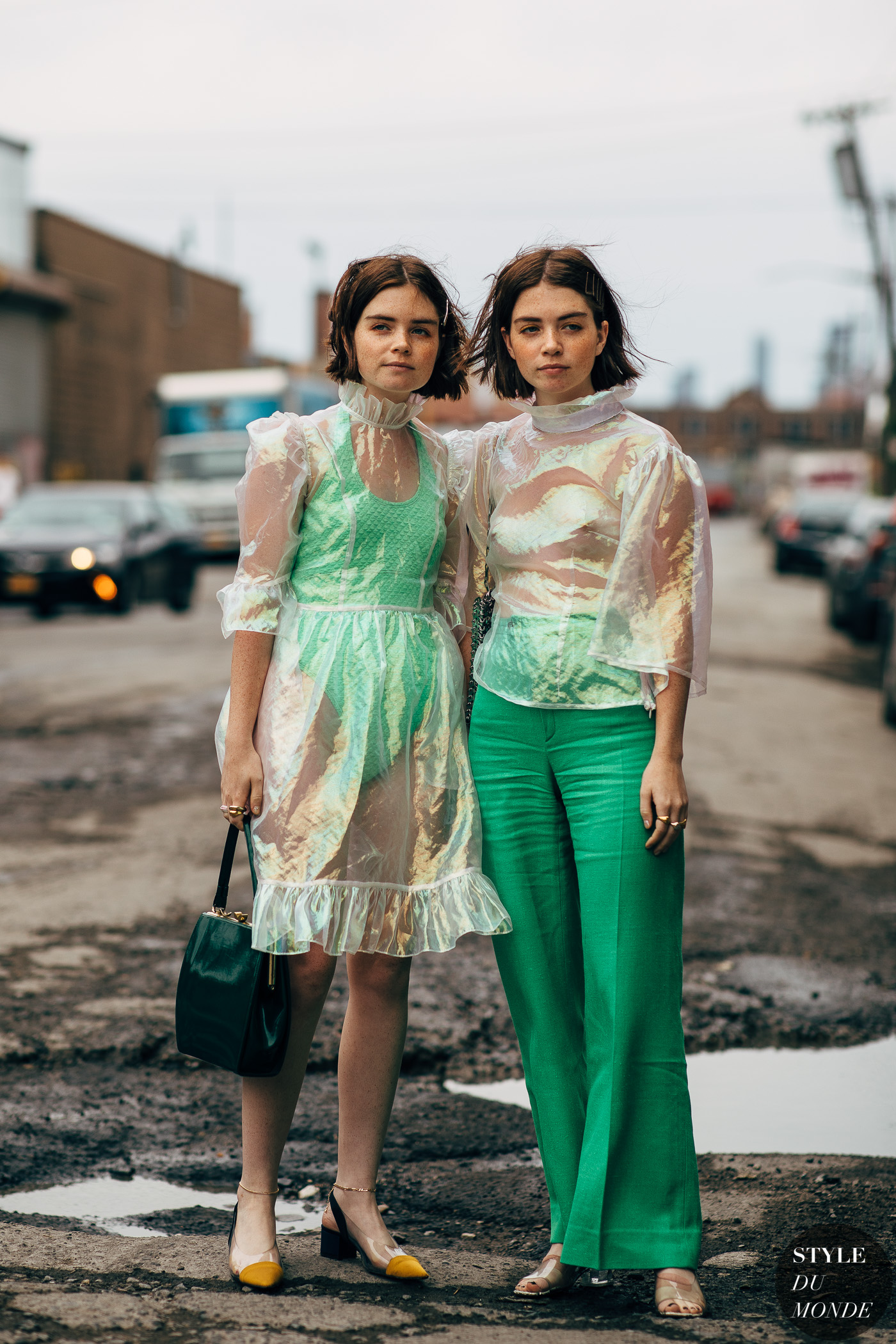 Reese and Molly Blutstein by STYLEDUMONDE Street Style Fashion Photography20180908_48A5944
