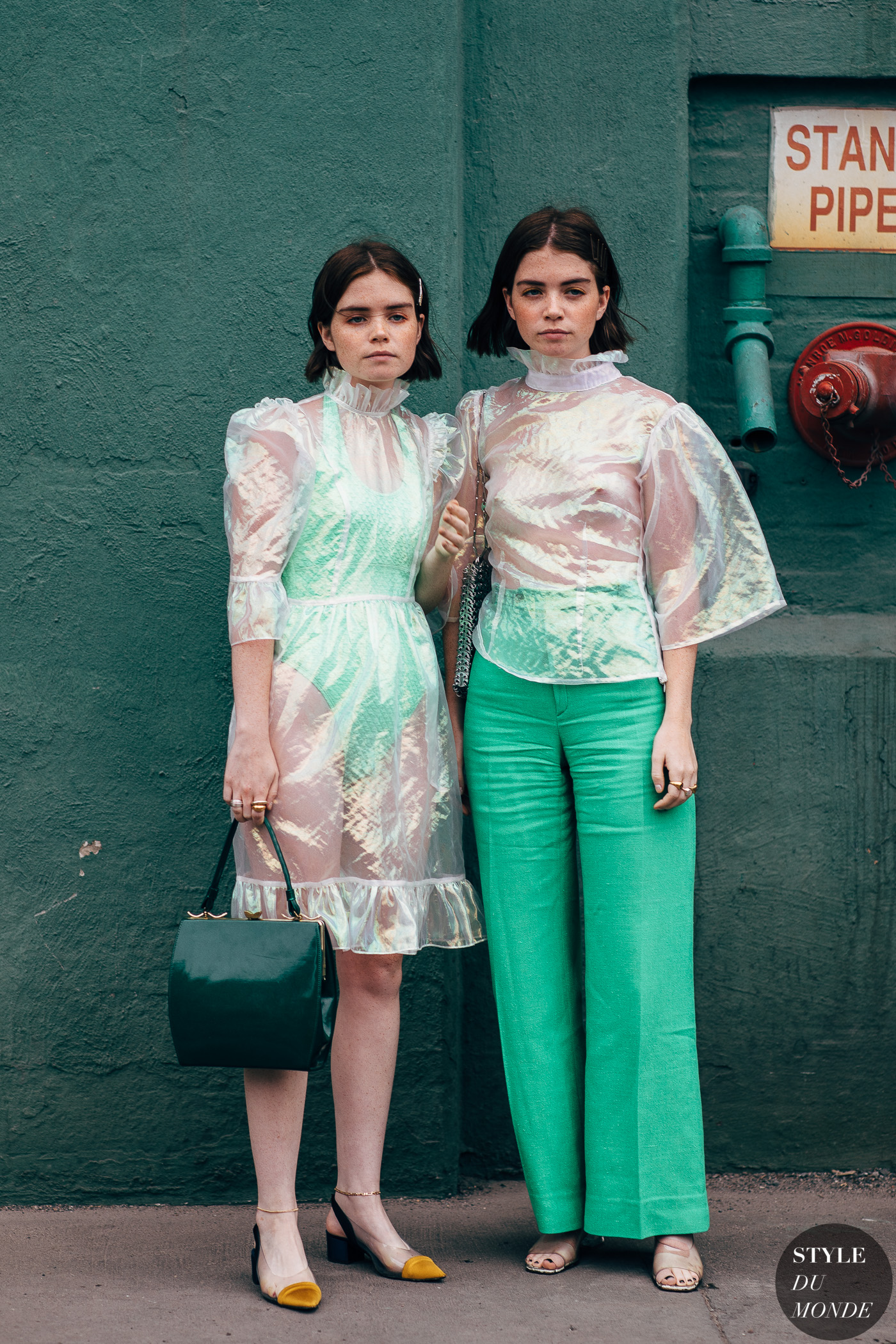 Reese and Molly Blutstein by STYLEDUMONDE Street Style Fashion Photography20180908_48A5994