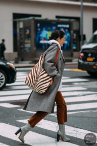 Lucy Chadwick by STYLEDUMONDE Street Style Fashion Photography NY FW18 20180214_48A5022