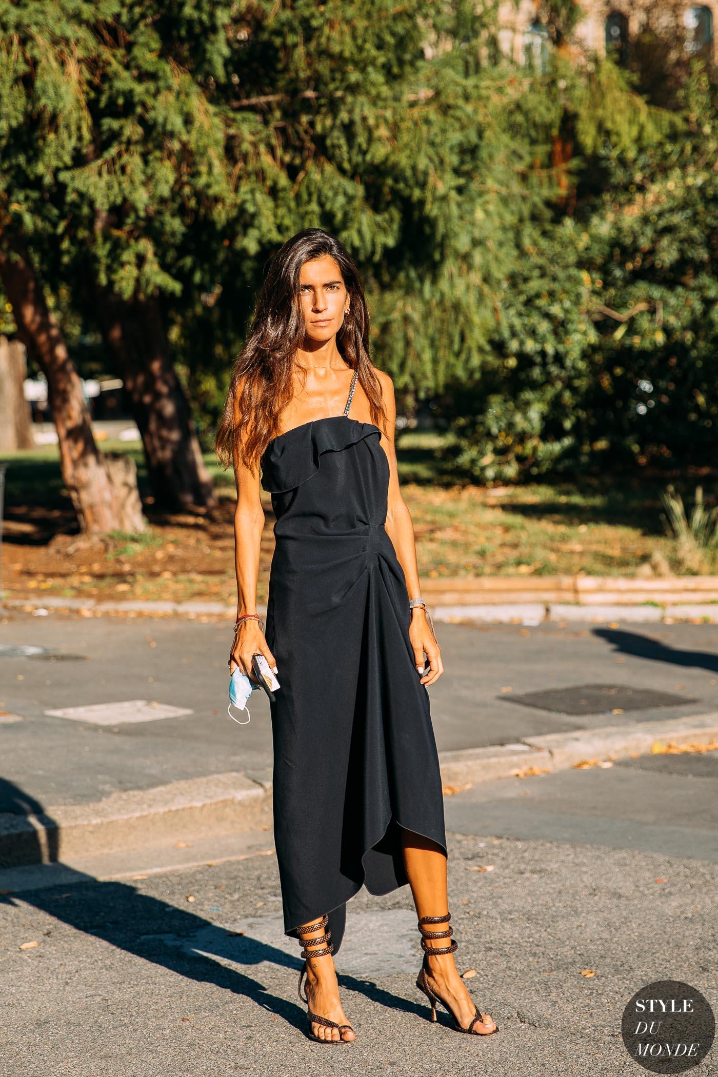 Milan SS 2021 Street Style: Chiara Totire - STYLE DU MONDE ...